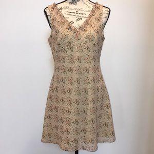 Express Dresses - Floral Express Dress
